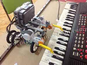 Raise ต่อเลโก้ หุ่นยนต์ show time