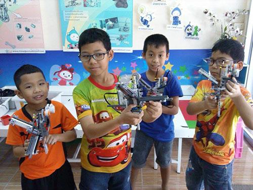 raise lego robot summer course .jpg