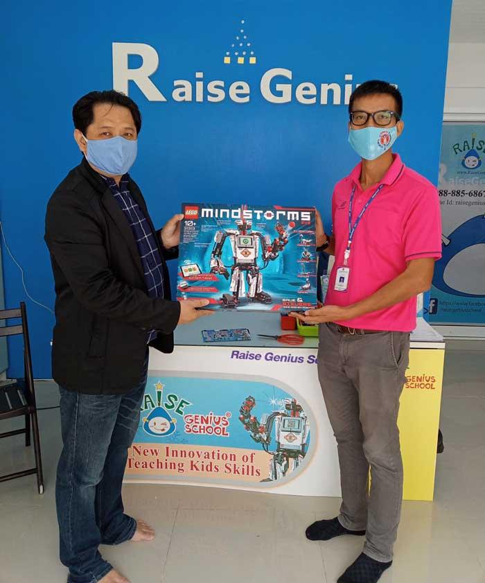 ขอขอบคุณ วิทยาลัย เทคนิคนนทบุรี ที่ไว้ใจ Raise Genius School ในการให้คำแนะนำด้านสื่อการสอนหุ่นยนต์